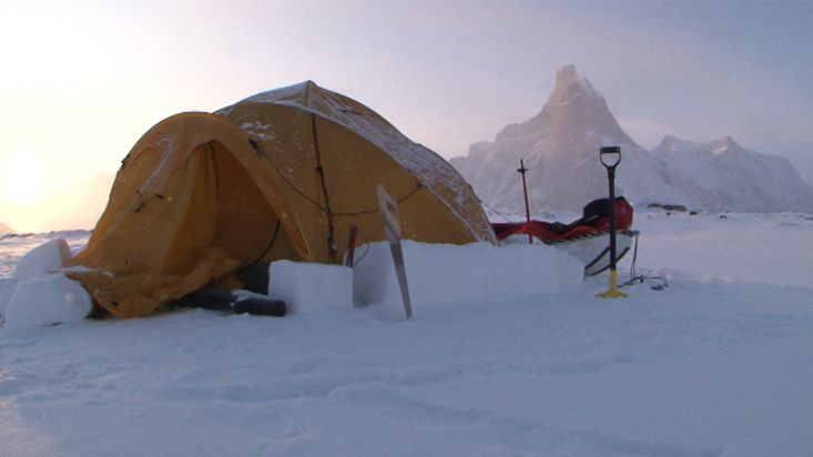 Sunset at the camp in the Revoir Pass - Sam Ford Fiord 2010 expedition