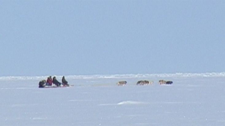 Dogsled route to the mountians of the Cumberland peninsula - Nanoq 2007 expedition