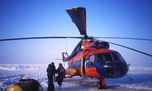 North Pole by helicopter