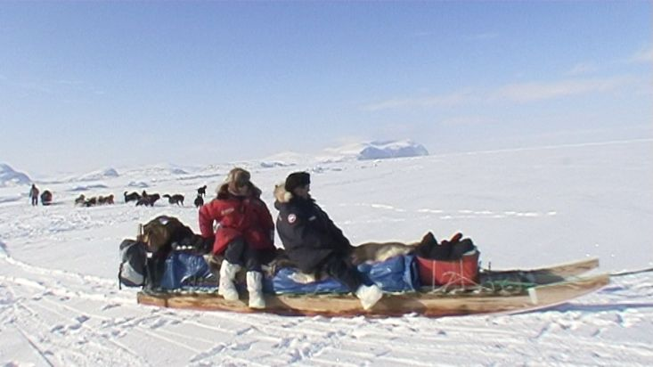 Return with the Inuit to Qikiqtarjuaq by dogsled - Nanoq 2007 expedition